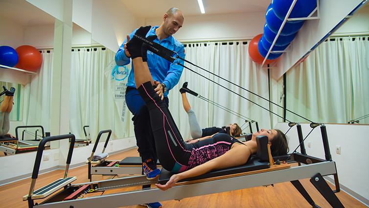 Pilates con reformer gravity